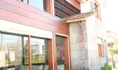 Viviendas en venta con piscina en Vigo