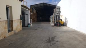Nave Industrial en Venta en Vélez-málaga - Vélez- Poligono Zamorano / Vélez-Málaga