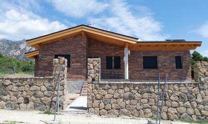 Casa adosada en venta en El Boalo