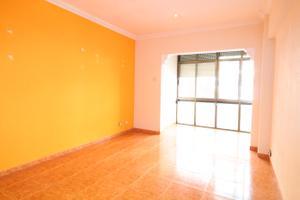 Flat in Sale in Sant Martí - La Verneda I la Pau / Sant Martí