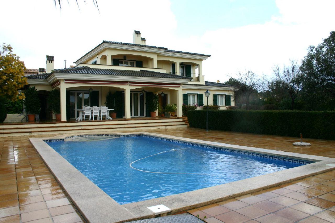 Lloguer Casa  Carrer pere romà rector. Chalet de lujo en san marsal. con piscina, 2.400 € / mes