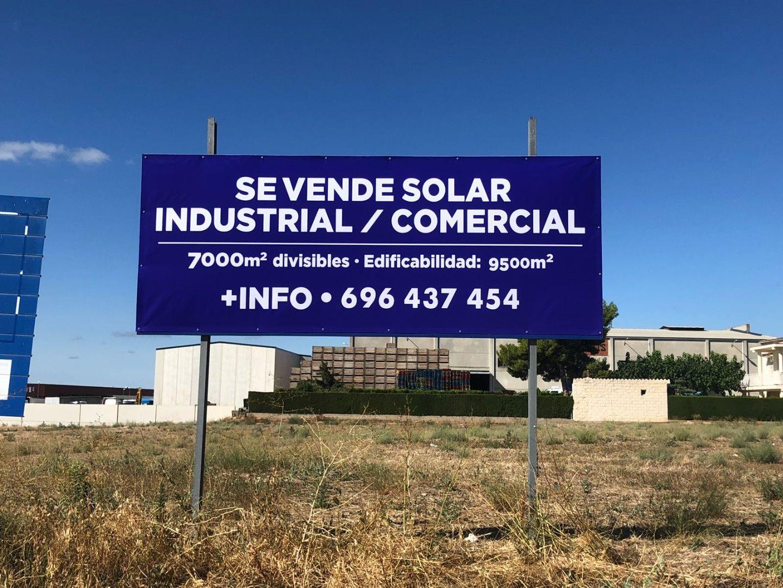 Solar urbà  Carretera n230