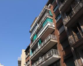 Piso en Venta en Rambla Badal / Sants - Montjuïc