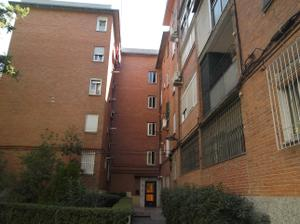 Piso en Alquiler en Avenida de Moratalaz, 154 / Moratalaz