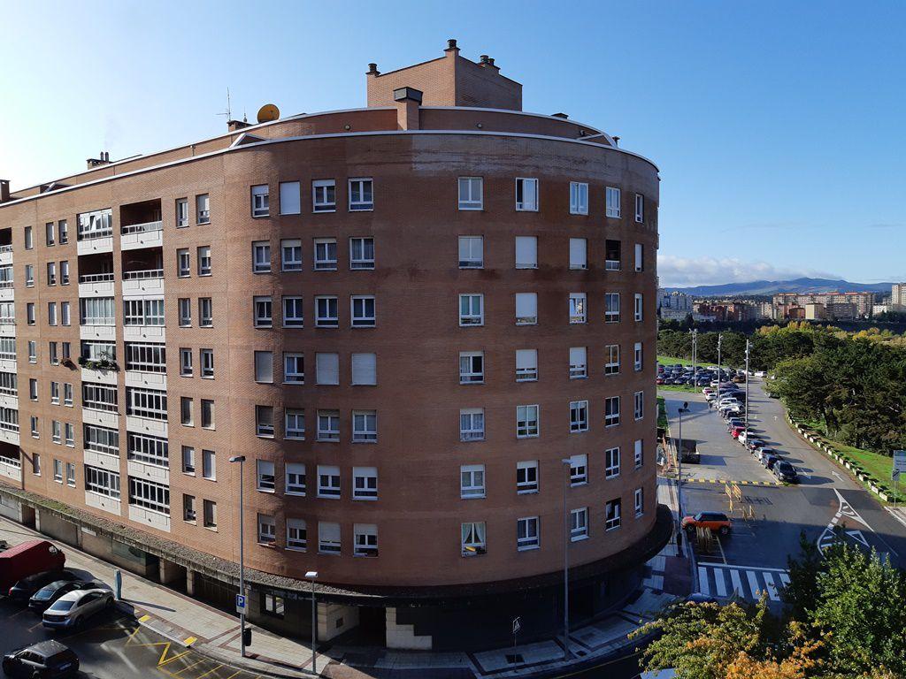 Pisos en venta en Mendebaldea - Ermitagaña, Pamplona / Iruña