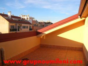 Ático en Alquiler en Atico-duplex Por 470€ / Catarroja