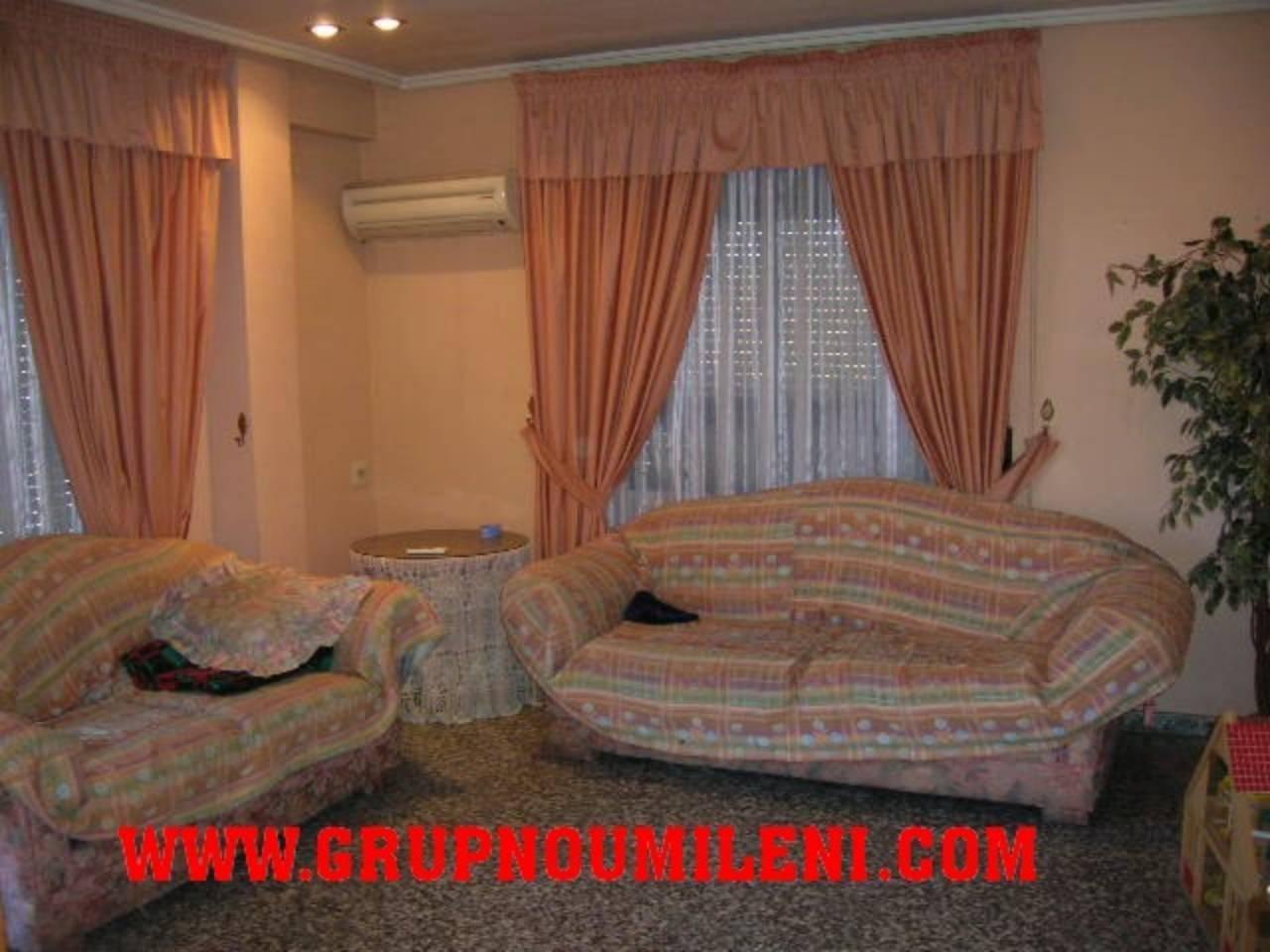 Rent Flat  Alfafar. Superf. 105 m²,  4 habitaciones (2 dobles,  2 individuales),  1