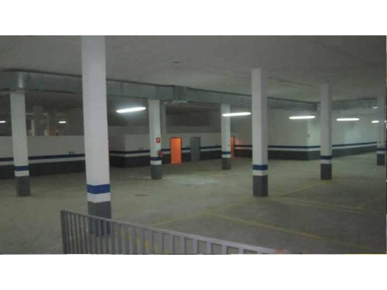Parking coche  Horteta. Superf. 20 m², 1 plazas.