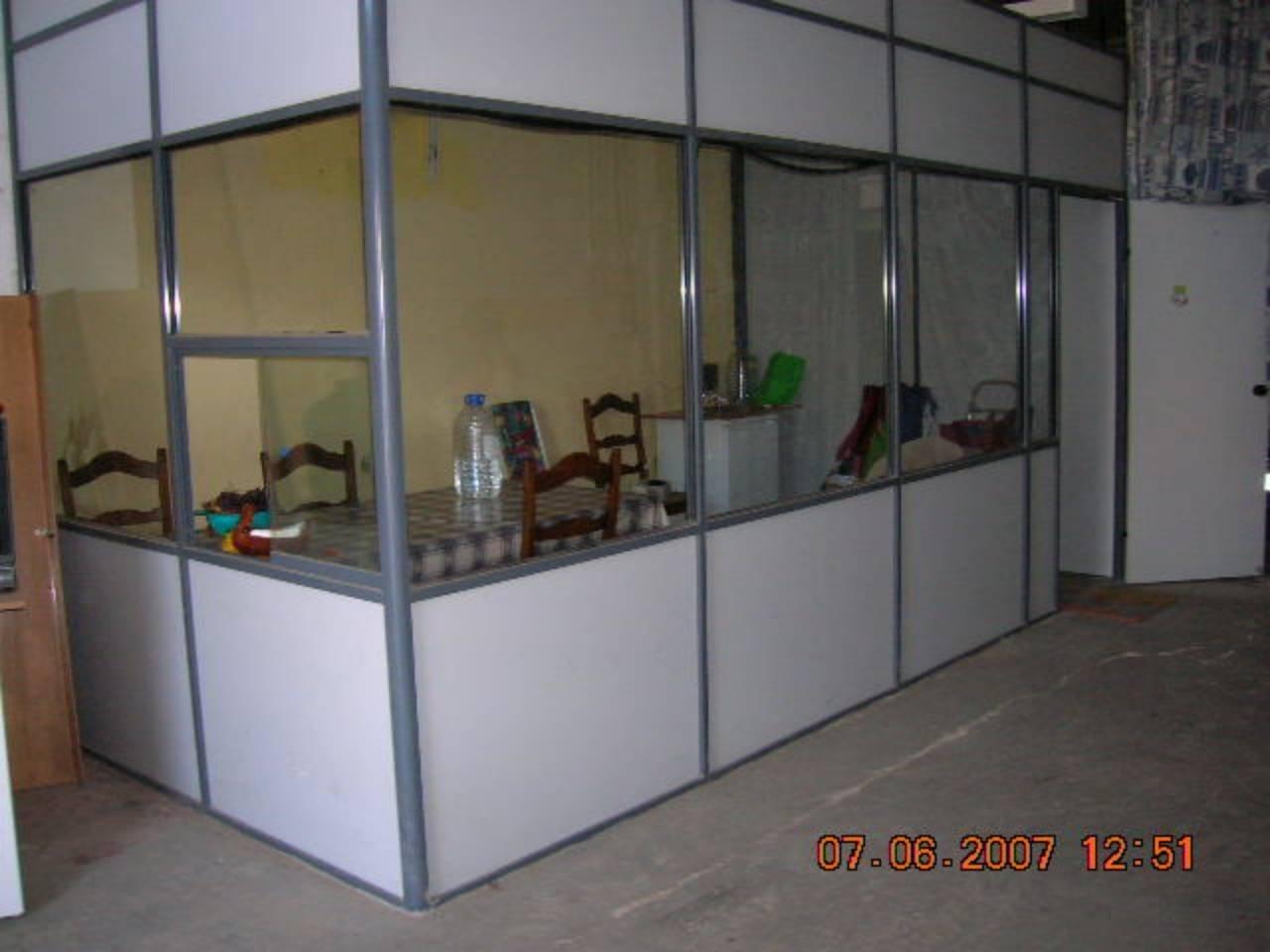 Alquiler Local Comercial  San carlos. 125 m² solar, altillo (muy grande), escaparate (no), gastos comu