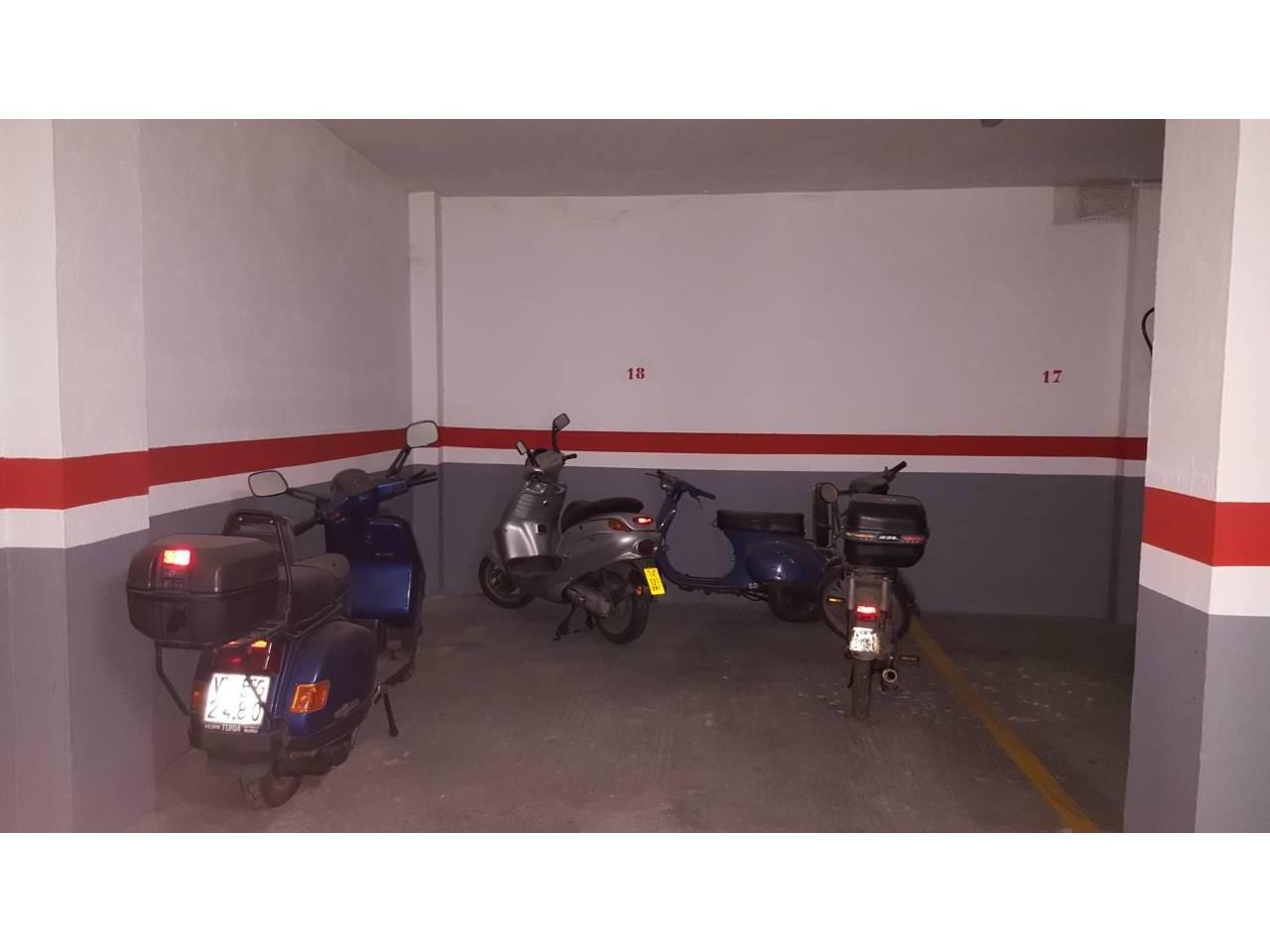 Aparcament cotxe en Benetússer. Superf. 9 m², 1 plazas.