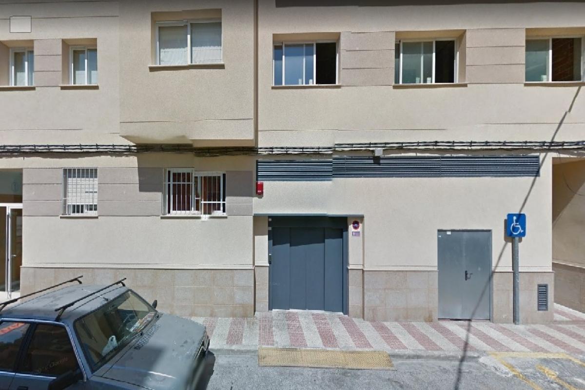 Alquiler Parking coche  Pintor segrelles. Superf. 22 m², útil 22 m², 1 plazas.