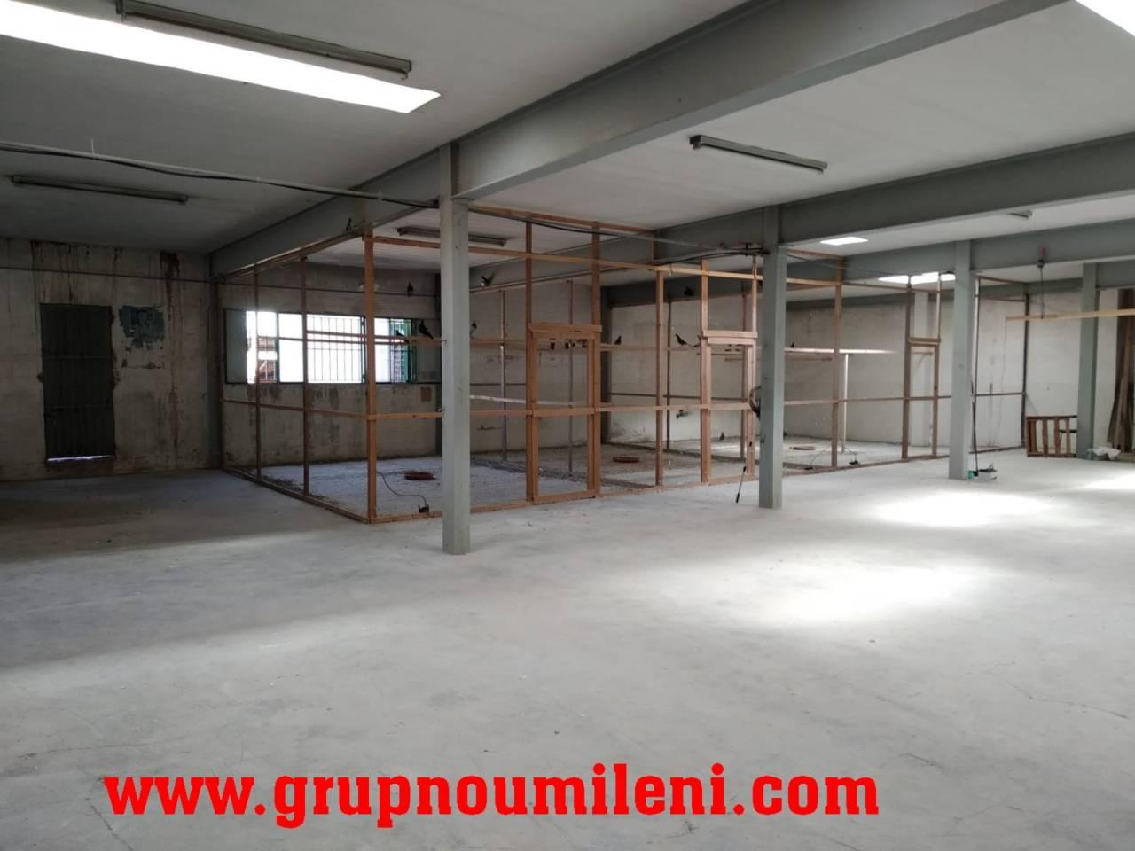 Nau industrial  Albal. Superficie total 1800 m², nave comercial superficie útil 1800 m²