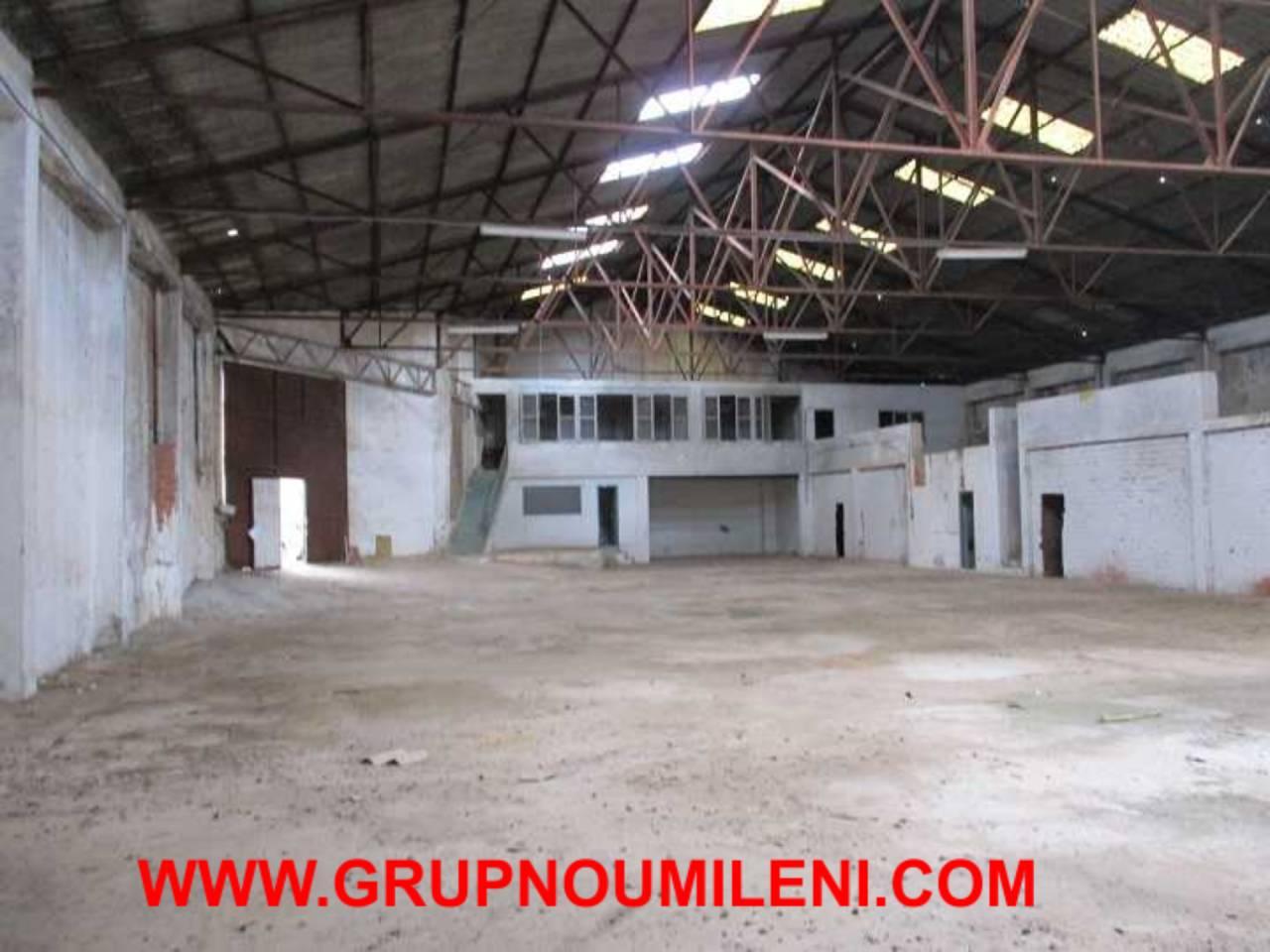 Nau industrial  Massanassa. Superficie total 1000 m², nave industrial superficie solar 1000