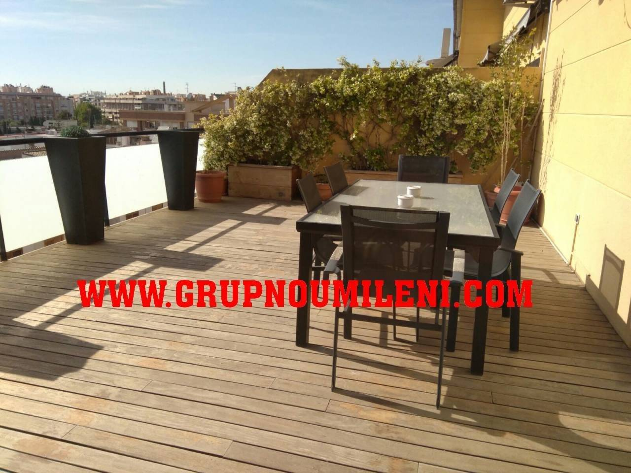 Lloguer Pis  Horteta. Superf. 120 m²,  3 habitaciones (3 dobles),  2 baños, cocina (eq