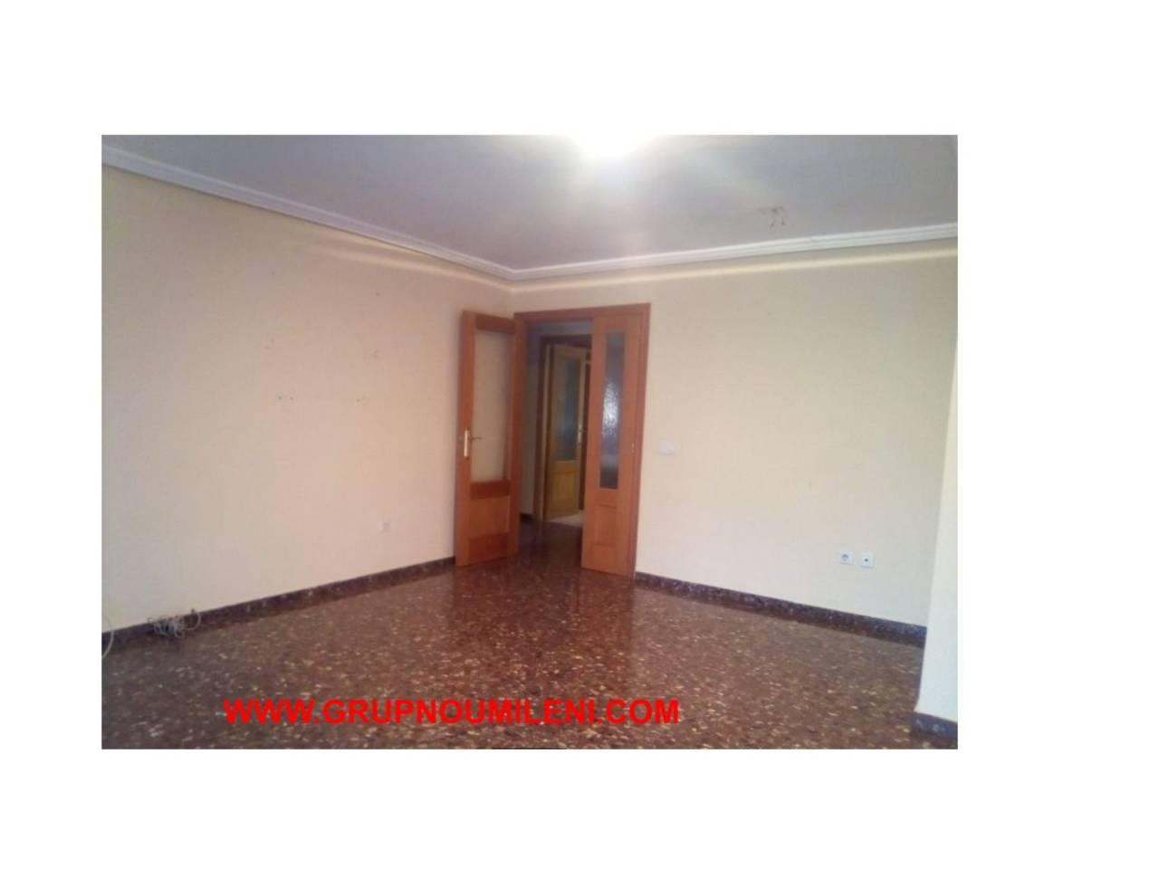 Miete Etagenwohnung  Benetússer. Vacio y sin electrodomesticos    altura piso 3º, piso superfi