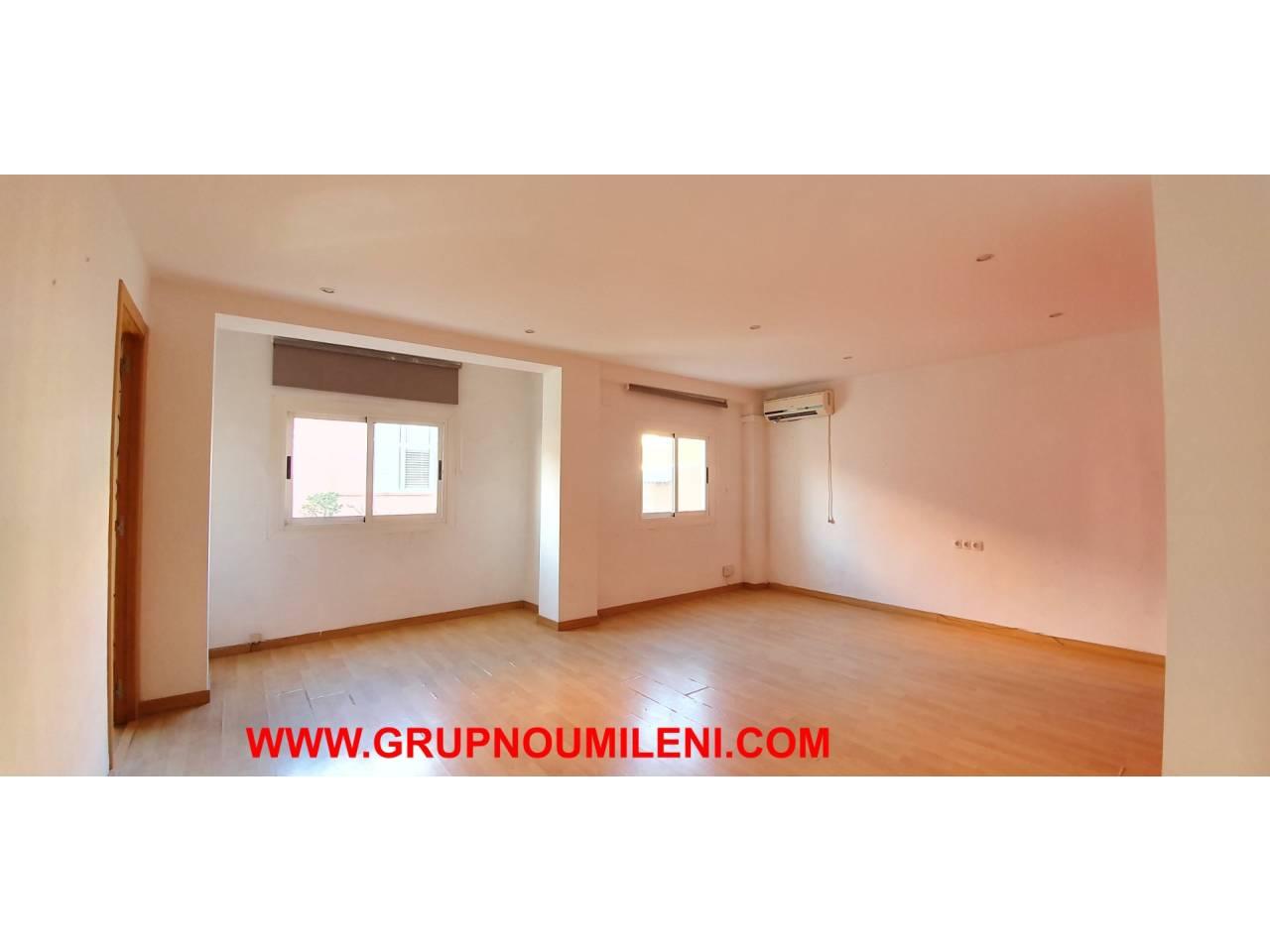 Rent Flat  Sedaví. Superf. 67 m²,  2 habitaciones (1 doble,  1 individual),  1 baño