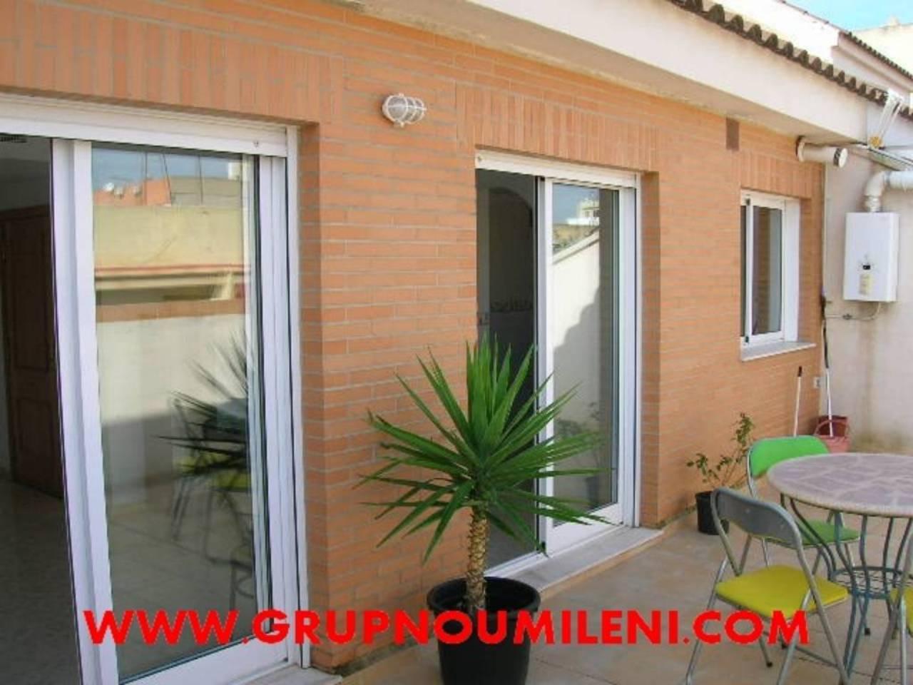 Location Appartement  Albal. Superf. 100 m²,  3 habitaciones (3 dobles),  2 baños, cocina (el