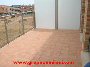 Alquiler Vivienda Ático semi nuevo con 2 terrazas