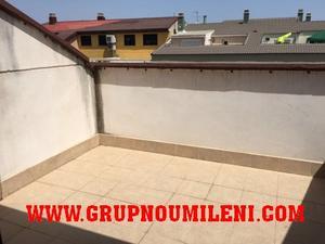 Ático en Alquiler en Atico-duplex con 2 Garajes / Catarroja