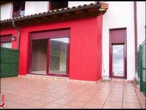 Casa adosada en Venta en La Penilla / Santa María de Cayón