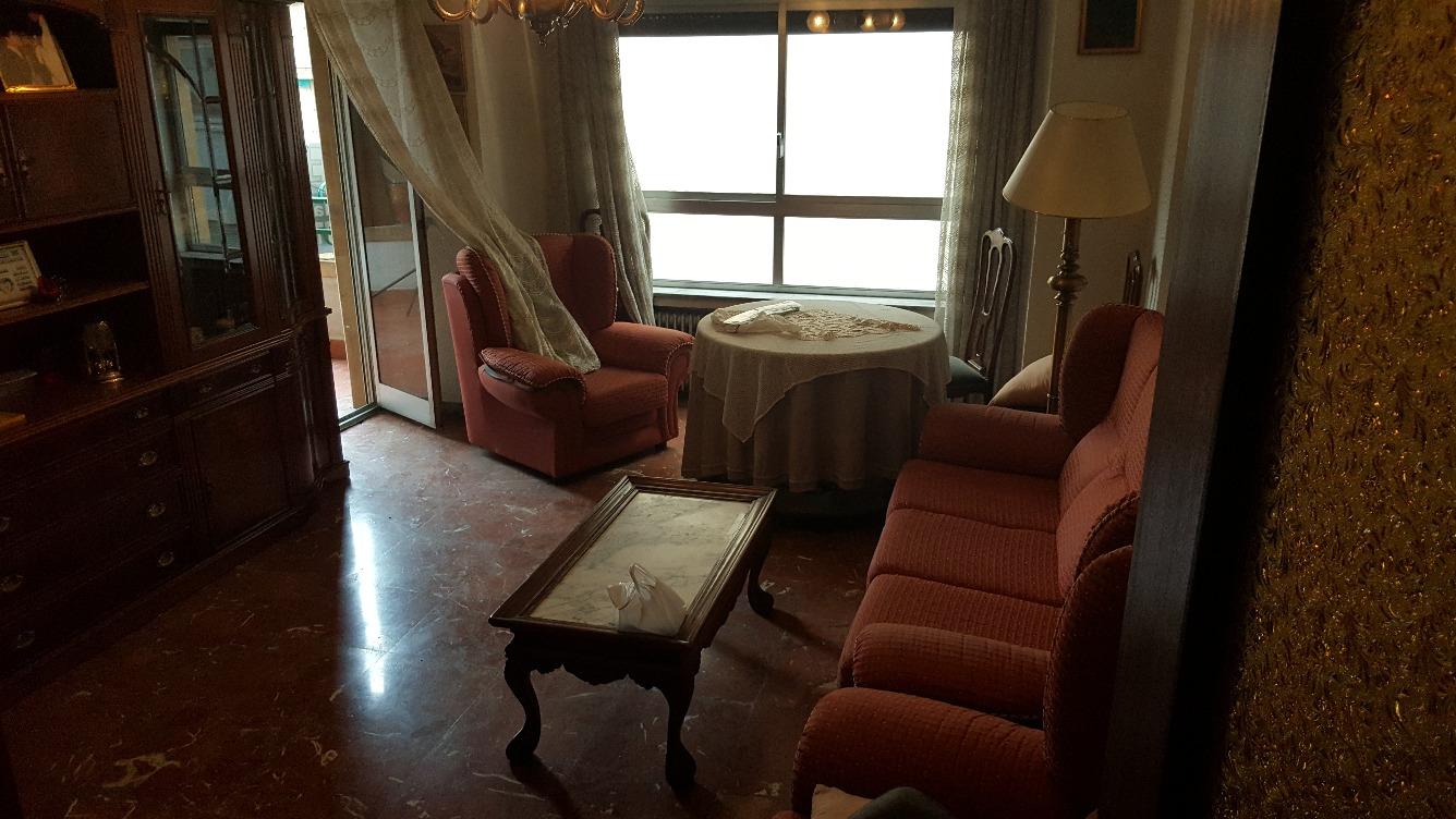 Piso en venta con 125 m2, 4 dormitorios  en Salesas, Glorieta, Chinchi