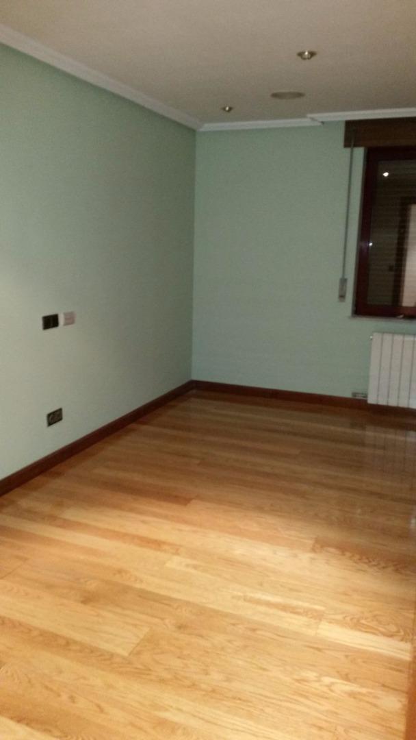 Ático en alquiler larga duración con 115 m2, 3 dormitorios  en Centro