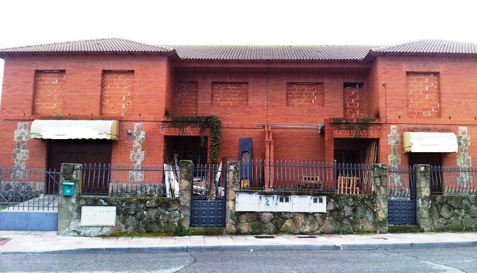 Foto 1 de Edificio en venta en Del Olivar El Álamo, Madrid