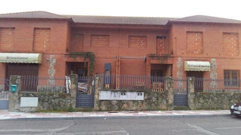 Foto 2 de Edificio en venta en Del Olivar El Álamo, Madrid