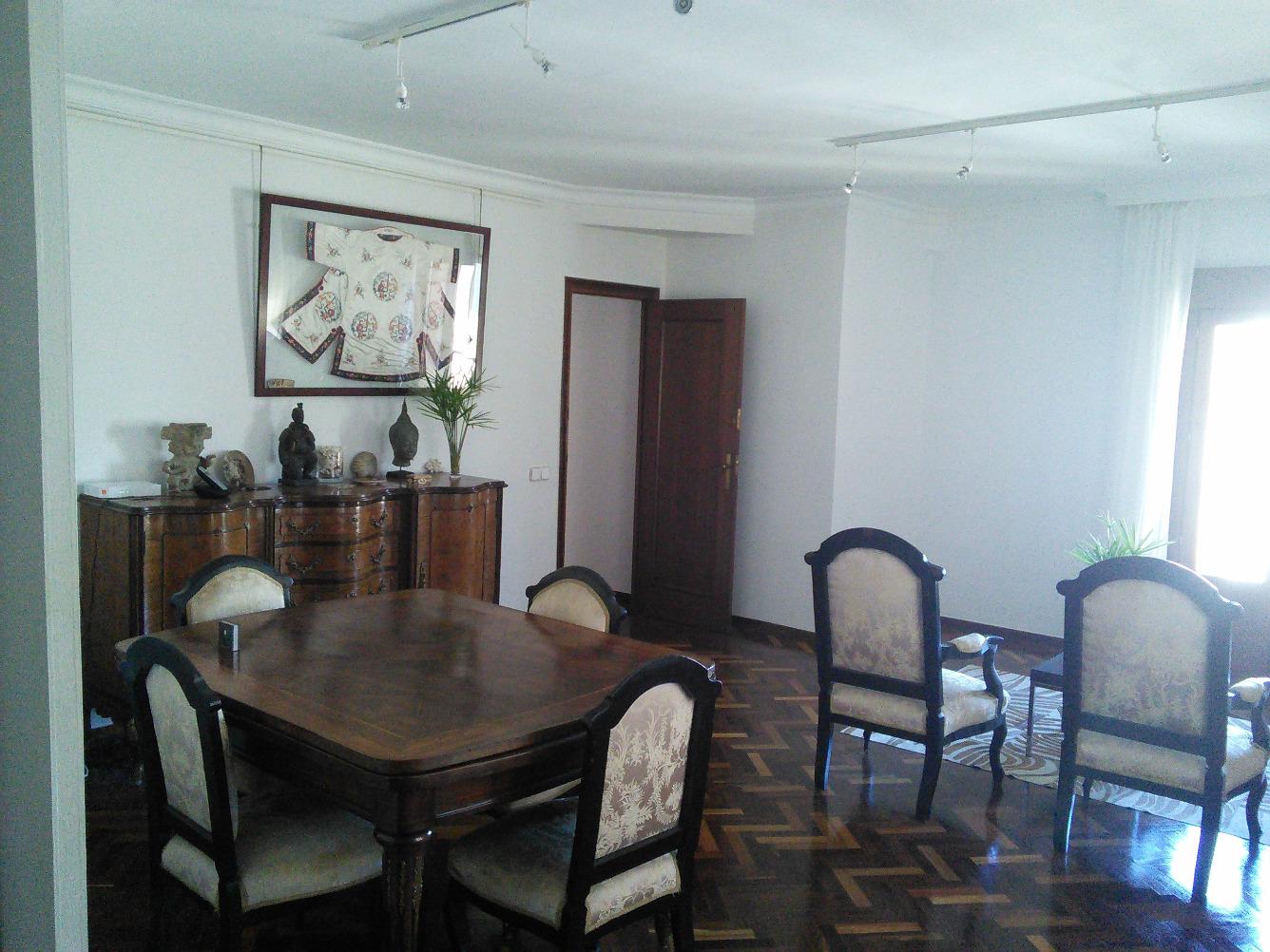 Piso en venta con 110 m2, 3 dormitorios  en Casco Histórico (Toledo)