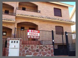 B timent brique alquiler chalets yuncos fotocasa for Inmobiliaria fotocasa