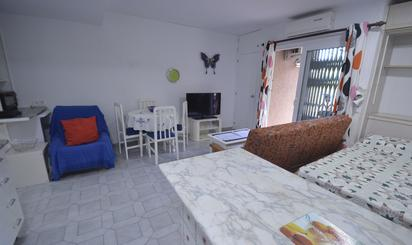 Studio for sale with lift at España