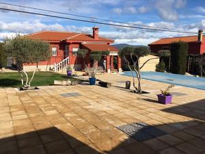 Comprar casas en torrijos zona de fotocasa for Pisos baratos en torrijos