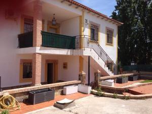 Chalet en Venta en Casar de Escalona, Zona de - El Casar de Escalona / El Casar de Escalona