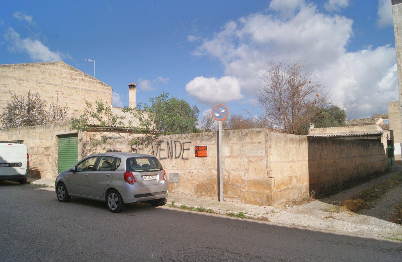 Solar urbà  Carrer de santa bàrbara. Excelente solar urbano, situado en zona exclusivamente residenci
