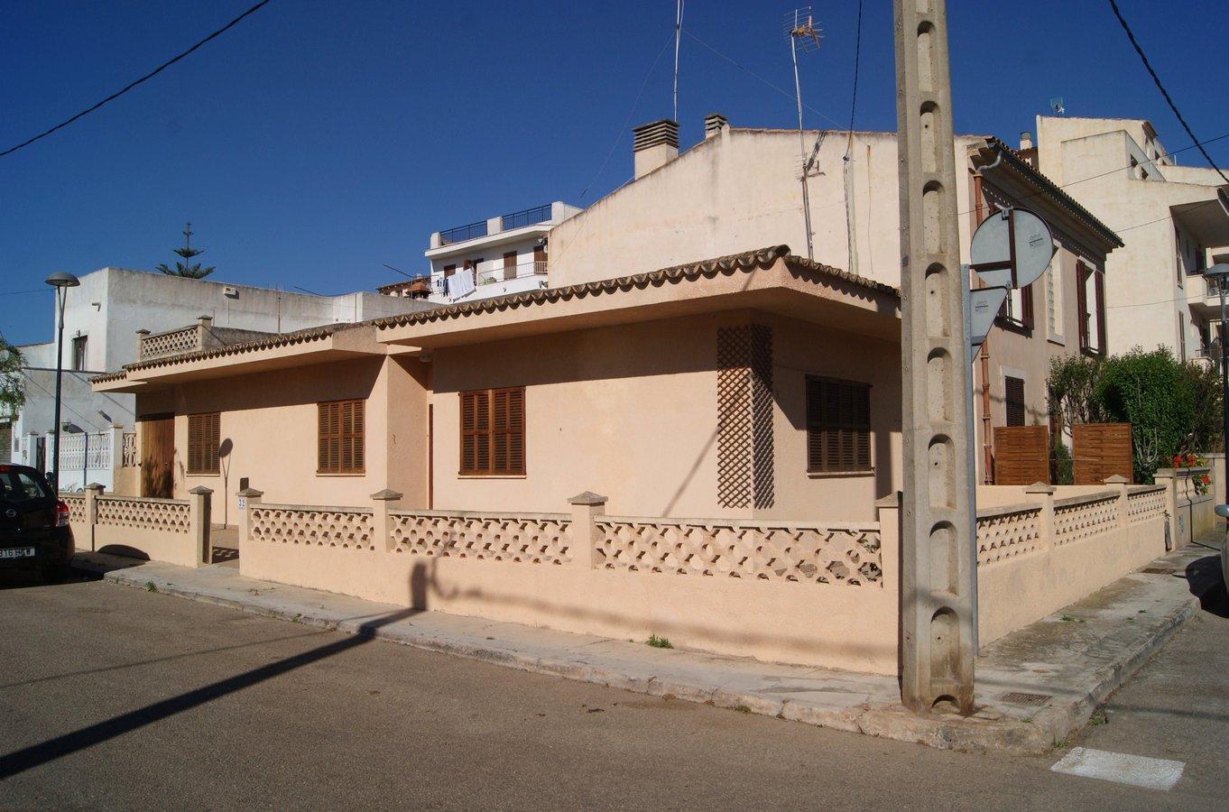 Rental House  Calle. Acogedor chalet adosado sin amueblar en buen estado de conservac