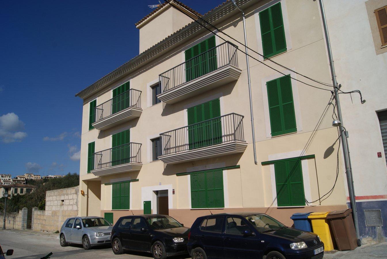 Flat  Calle carrer santa catalina tomás. Excelente piso de nueva promoción, a estrenar, situado en segund