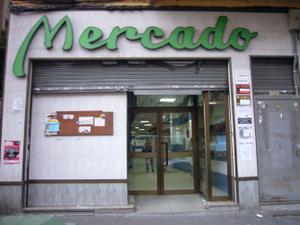 Local comercial en Alquiler en Navarra / Delicias