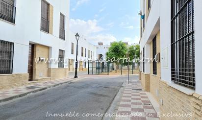 Single-family semi-detached for rent to own in Albaida del Aljarafe