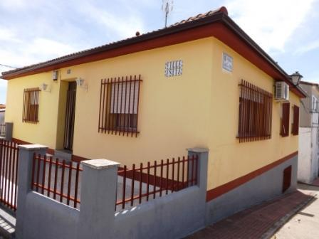 Chalet en venta en Cáceres - Torremenga