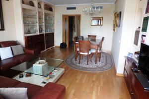 Piso en Alquiler en Las Rozas de Madrid - El Cantizal / El Cantizal