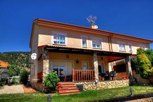 Casa adosada en Venta en Moralzarzal - Zona Colegios / Zona Colegios