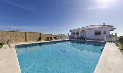 Viviendas y casas en venta en Playa Los Pinillos, Málaga