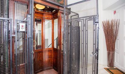 Pisos en venta con ascensor en Chamberí, Madrid Capital