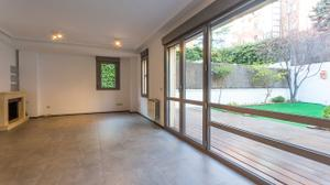Casa adosada en Venta en Roberto Domingo / Salamanca