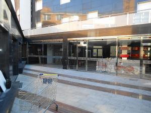 Local comercial en Alquiler en Centro / Castell-Platja d'Aro