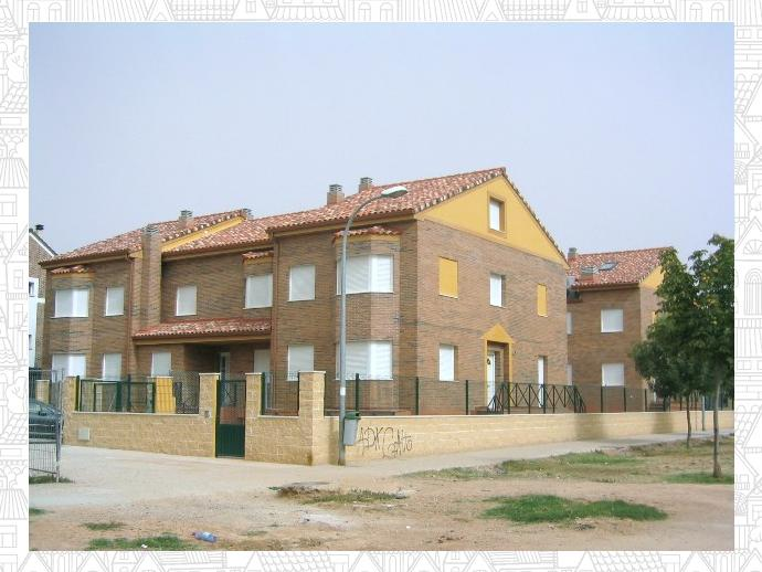 Casa adosada en azuqueca de henares en vallehermoso en calle sorozabal 138645163 fotocasa - Casas en azuqueca de henares ...