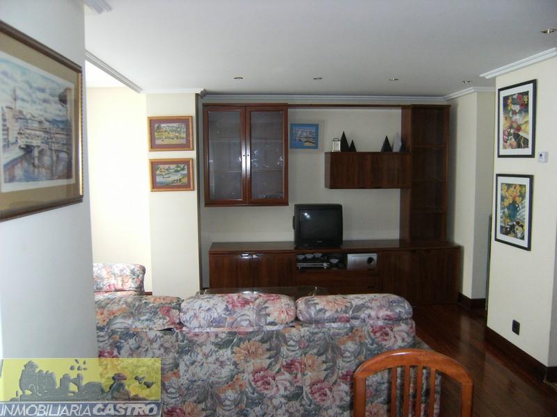 Alquiler Piso  Plaza del uno de mayo. Piso de 1 habitación, terraza, garaje y trastero en ostende.