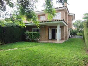 Casa adosada en Venta en Campolivar / Casas Verdes - Ermita