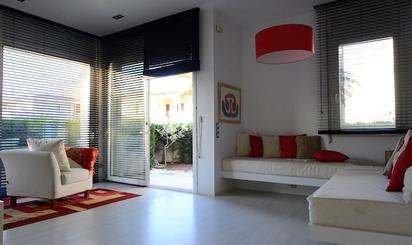 Estudios en venta con terraza baratos en España