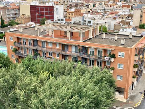 Pisos de alquiler con terraza en Reus